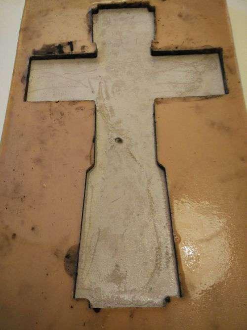 бетонный крест