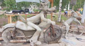 Не крашенная бетонная скульптура