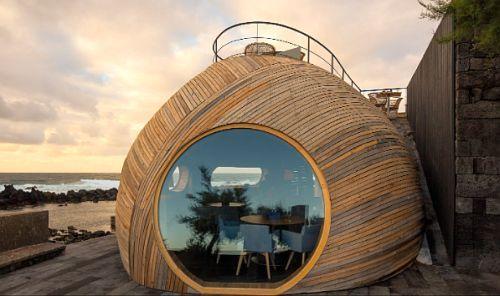 маленький купол с большим окном