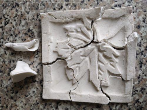 Домашняя полимерная глина с трещинами